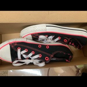 Converse All Star Black hot pink Laced Girls sz  3